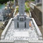 南丹市園部町のお寺様にて、大島石8寸京都型のお墓が完成しました。
